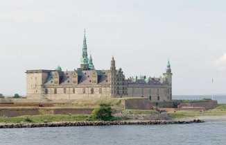 800px-Elsinore castle Hamlet